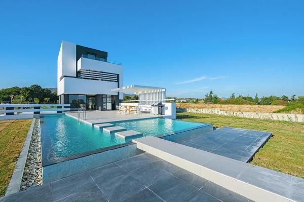 8 tage ferienvilla auf rhodos mit pool direkter. Black Bedroom Furniture Sets. Home Design Ideas