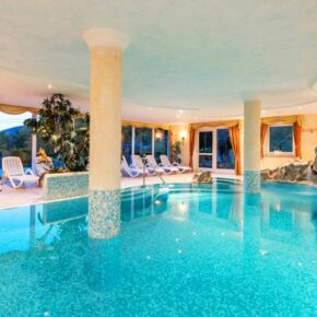 Hotel Kaserhof Pool