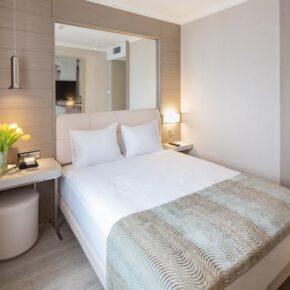 Hotel Titanic Comfort Mitte Zimmer