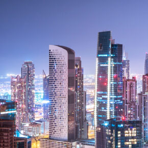 Lastminute: 6 Tage Luxus in Abu Dhabi im TOP 4* Hotel mit Frühstück, Flug, Transfer & Zug nur 374€
