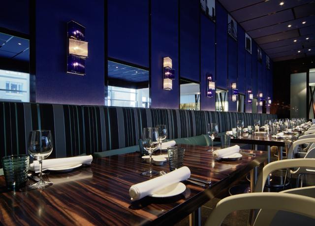 24h sale 2 tage st dtereise frankfurt im 4 5 hotel mit wellness fr hst ck f r 54. Black Bedroom Furniture Sets. Home Design Ideas