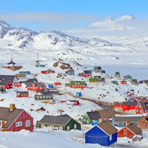 Grönland: Hin- & Rückflüge nach Nuuk mit Gepäck für 525€