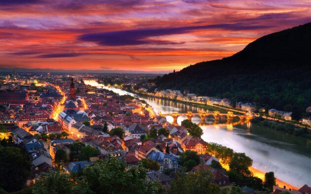 Heidelberg Nacht Fluss oben