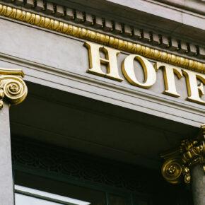 Hotelsterne: Das bedeuten die fünf Kategorien
