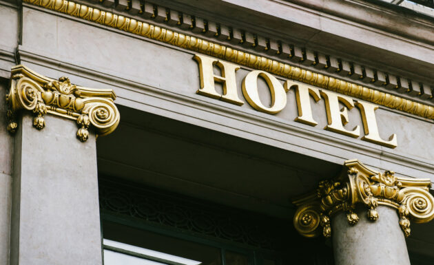 Hotel Aufschrift