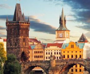 Prag Gutschein: 3 Tage mit tollen Hotels, Frühstück & Schifffahrt ab 49€
