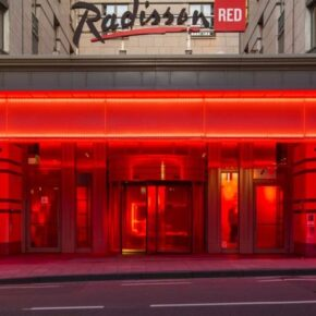 Rradisson Red Brussels Außen
