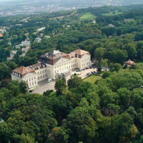 Schloss Wilhelminenberg Außen