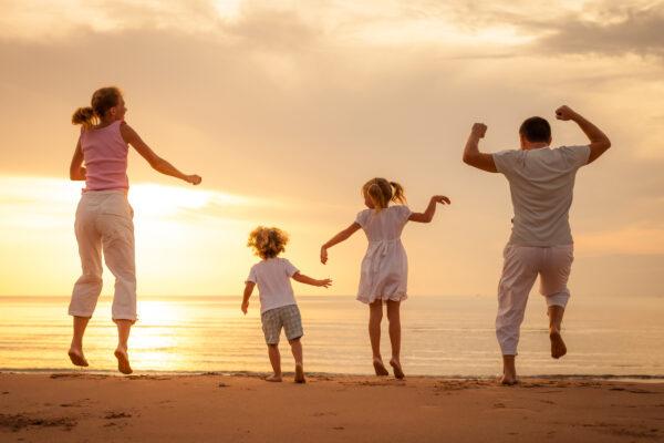 Familie Sonnenuntergang