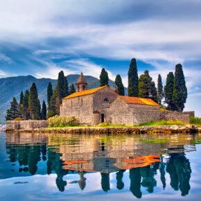Fly & Drive: 8 Tage in Montenegro mit Mietwagen & Hin- & Rückflügen nur 45€