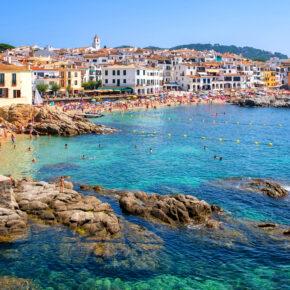 Costa Brava: 8 Tage im 4* Hotel mit Vollpension, Flug & Transfer nur 284€