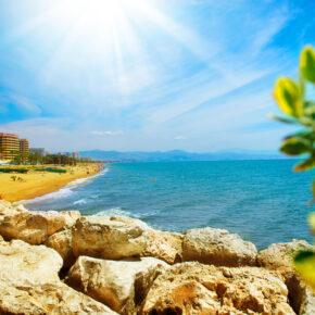Andalusien im Juni: 6 Tage Costa del Sol mit 3.5* Hotel, Flug & Mietwagen nur 84€