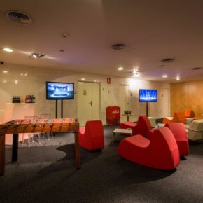 Ayre Hotel Caspe Spielzimmer