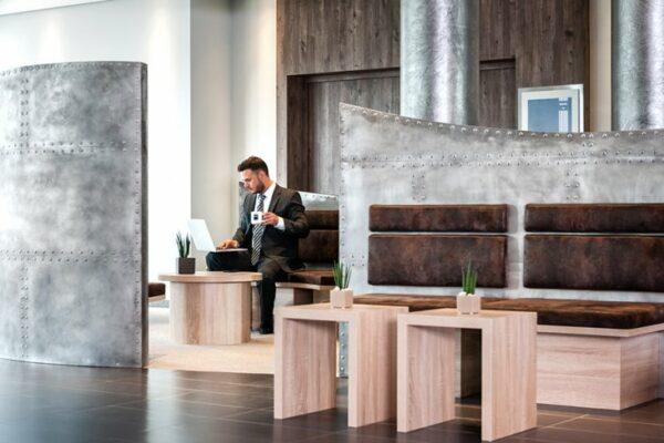 Dorint Airport Hotel Stuttgart Lobby