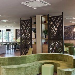 Hotel Super 8 Freiburg Lobby