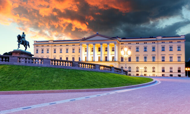 Norwegen Oslo Königspalast