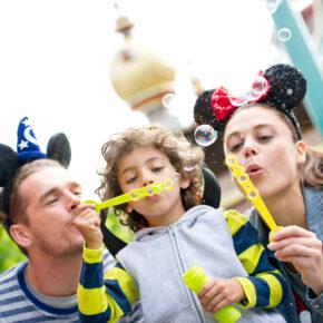 Tagesausflug zum Disneyland® Park Paris: Hin- & Rückfahrt am Wochenende für 89,90€