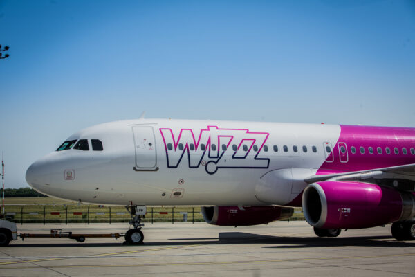 Wizz Air Flugzeug Turbine