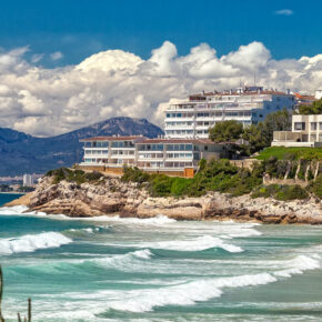 Frühbucher: 8 Tage Costa Dorada im TOP 4.5* Hotel inkl. Halbpension, Flug & Transfer nur 288€