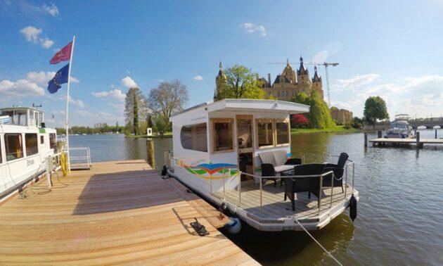 Cosy Hausboot Schweriner See Terrasse