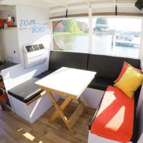 Cosy Hausboot Schweriner See Sitzecke