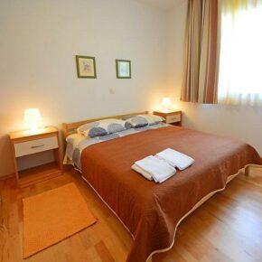 Ferienwohnung Mladen Schlafzimmer