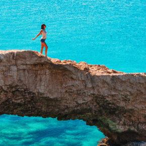 Wochenendtrip im Sommer: 4 Tage Zypern mit 4* Hotel & Flug nur 157€