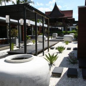 Aava Resort Innenhof