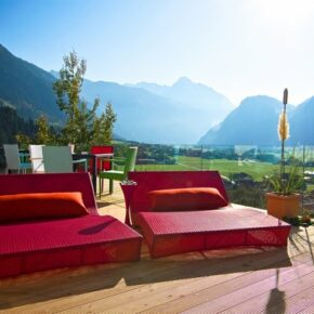 Mountain & Soul Lifestyle Hotel Terrasse