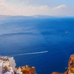 8 Tage Santorini mit Direktflügen, TOP 4* Hotel & Frühstück für 347€