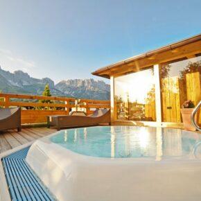 Tirol: 3 Tage Entspannung im TOP 4* Hotel mit Halbpension, Wellness & Aktivprogramm ab 129€