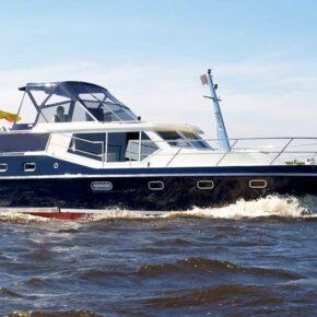 Berlin Ahoi: 5 Tage Kapitän auf eigener Yacht sein für 82€