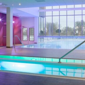 Hampshire Hotel Fitland Poollandschaft