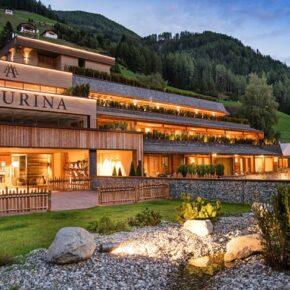 Wellness in Südtirol: 3 Tage in Luxus-Lodge mit Frühstück, Eintritt ins Erlebnisbad & Extras ab 199€