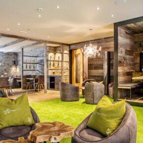 Luxury Lodges Lounge