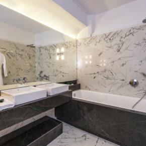 Athina Luxury Suites Bad