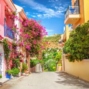 Griechenland im Mai & Juni: 15 Tage Kefalonia mit Hotel, Flug & Zug nur 247€