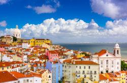 Portugals Hauptstadt: 4 Tage Lissabon im zentralen 3* Hotel mit Flug nur 112€