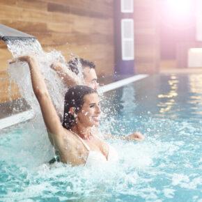 Zugspitz Arena in Tirol: 3 Tage im TOP 4* Romantik Hotel mit Halbpension & Extras ab 179€
