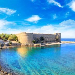 Luxus im Warmen: 1 Woche Zypern im 5* AWARD-Hotel mit All Inclusive, Flug & Transfer nur 366€