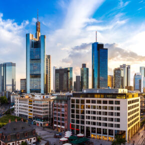 Neueröffnung: 2 Tage Frankfurt am Wochenende im TOP 3* Hotel mit Frühstück nur 32€