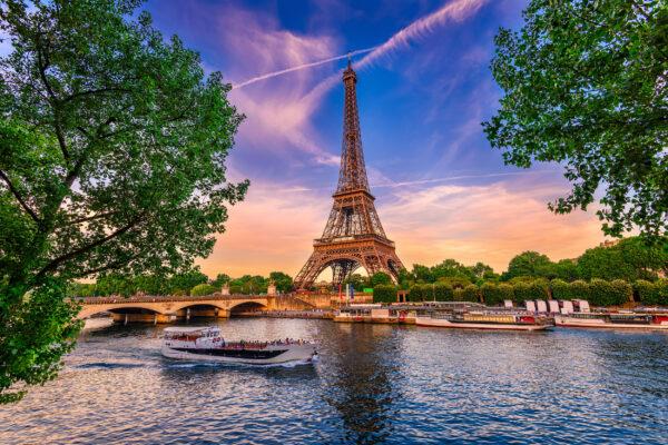 Frankreich ParisEiffeltum Fluss