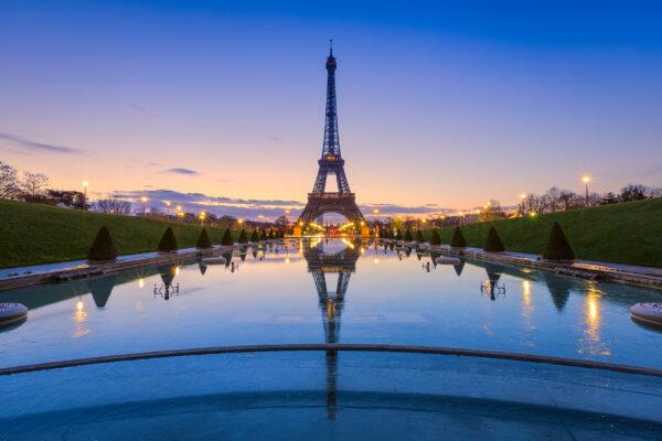 Frankreich Paris Eiffeltum Abend