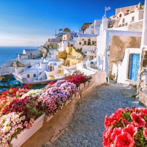 Griechische Insel: 8 Tage Santorini im TOP 3* Hotel in Strandnähe mit Flug nur 292€