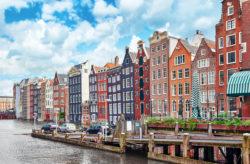 Kurztrip Amsterdam: 3 Tage übers Wochenende im zentralen 3* Hotel mit Frühstück nur 81€