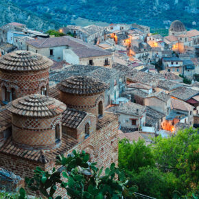 Italien: 8 Tage Kalabrien im tollen 4* Hotel mit Flug nur 92€