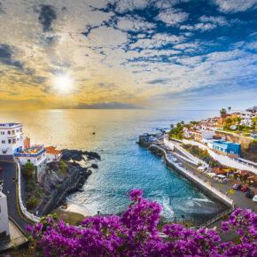 Teneriffa: 7 Tage im TOP 4* Hotel mit Halbpension, Flug, Transfer & Zug nur 373€