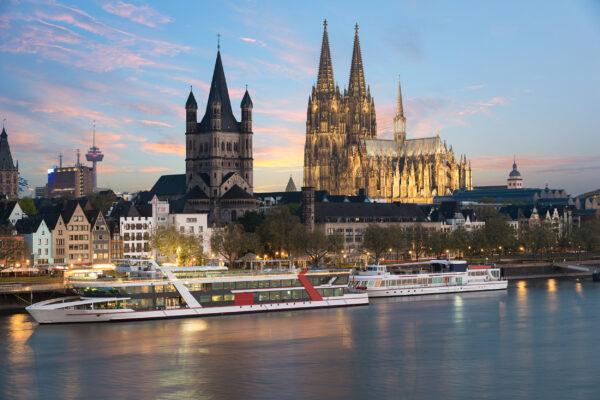 Köln Rhein Schiffe