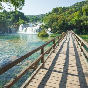 Langes Wochenende im Krka Nationalpark: 4 Tage Kroatien im Apartment mit Flug für 66€