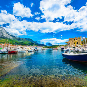 Sommer in Kroatien: 7 Tage Makarska im Apartment mit Meerblick & Flug nur 91€